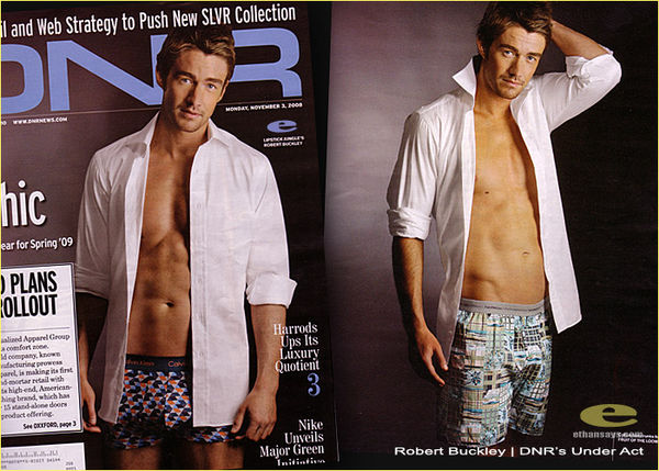 ROBERT BUCKLEY PREFERS BRIEFS