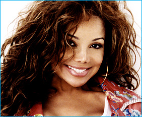 LA TOYA JACKSON PAYS TRIBUTE TO MICHAEL