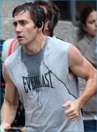 Jake-gyllenhaal_100109c