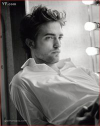 Robert-Pattinson_Vanity-Fair_110309-2
