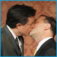 Stephen-Colbert_kissing_Dave-Razowsky