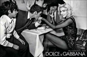 Madonna_DG_W2011_5