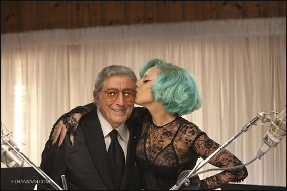Tony-Bennett-Lady-Gaga-Lady-is-a-Tramp