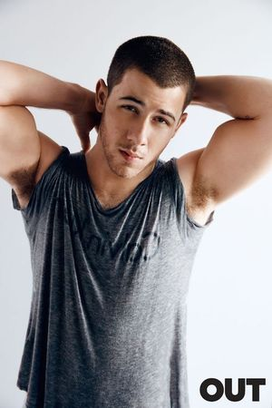 Nick Jonas out mag 255 2