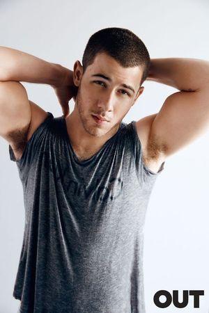 Nick Jonas out mag 255 2